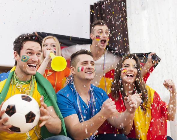Фото: depositphotos.com; goodman.ru; tarantinorest.ru; tribecamoscow.ru; lawsonbar.ru; tuttobene.su; restorankletka.ru