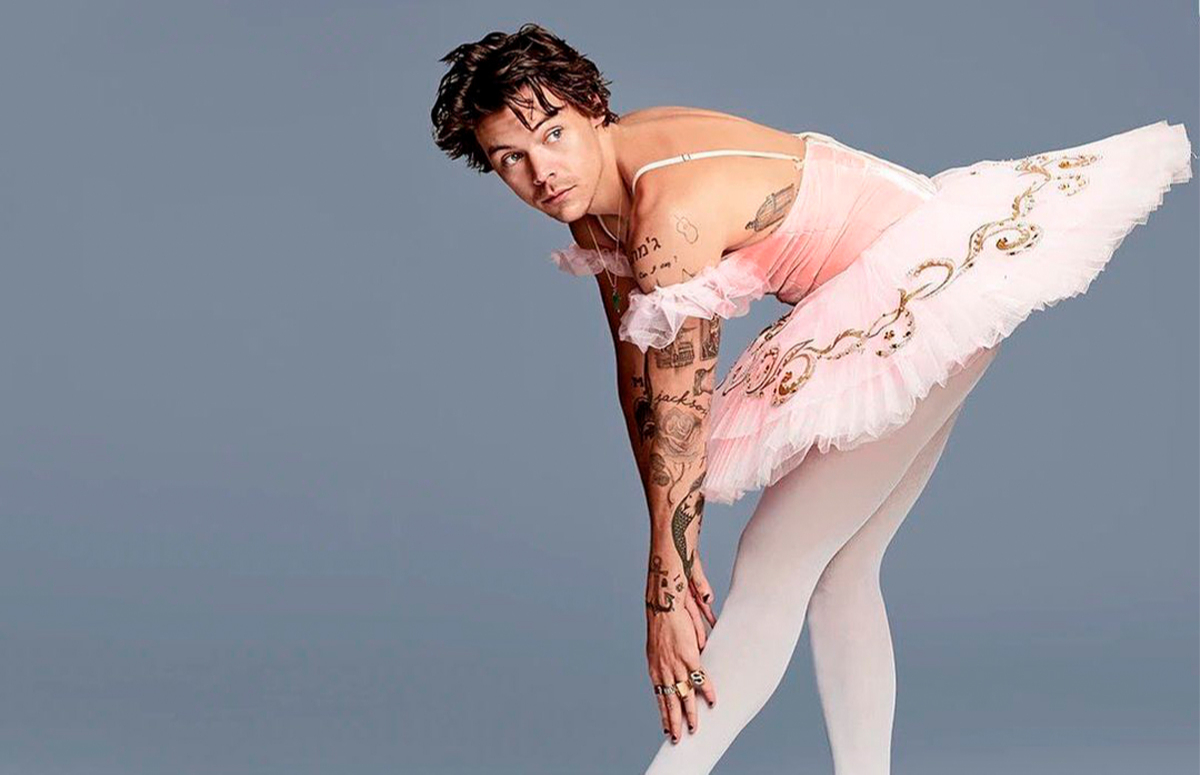В балетной пачке в промо-съемке шоу Saturday Night Live, 2019 год