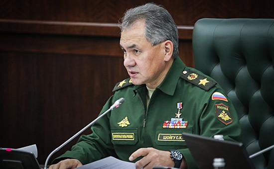 Министр обороны России Сергей Шойгу на заседании коллегии Министерства обороны РФ по вопросу безопасности в Крыму