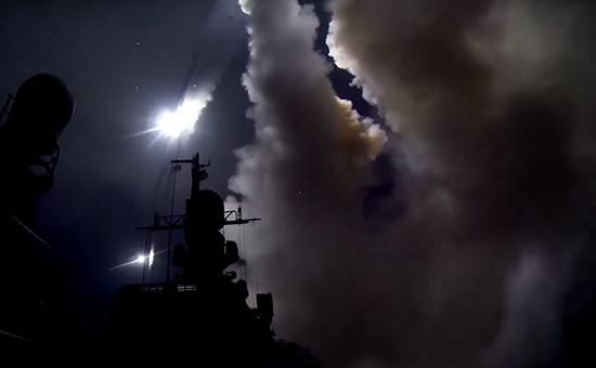 Стрельба высокоточным оружием изракетного комплекса «Калибр-НК» накорабле Каспийской военной флотилии