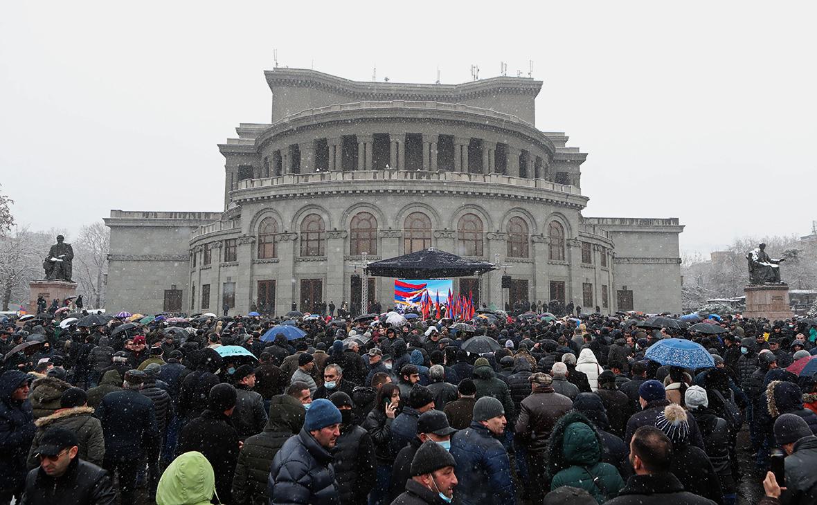 Оппозиция Армения пообещала протестные акции нон-стоп