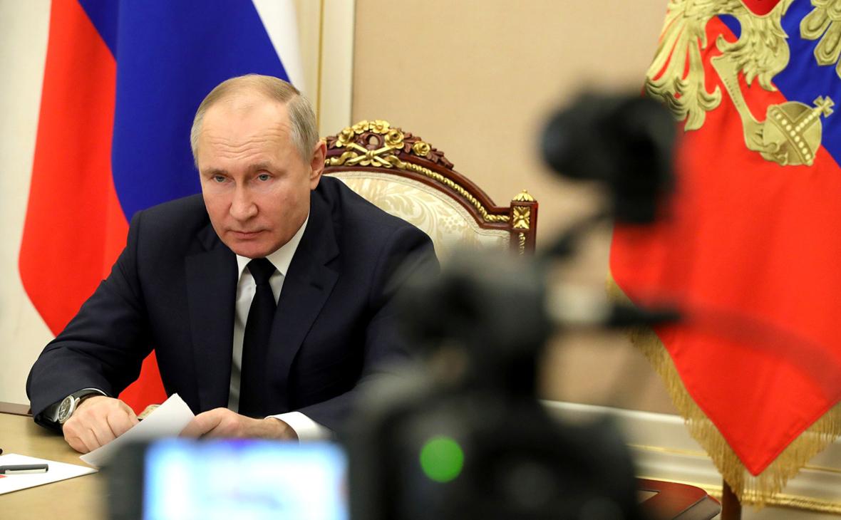 Путин ограничил найм сотрудников консульств «недружественных стран»