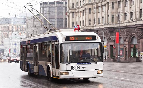 Троллейбус наТверской улице