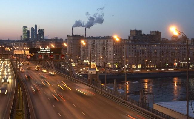 Вид наМоскву сосмотровой площадки надтоннелем Третьего транспортного кольца