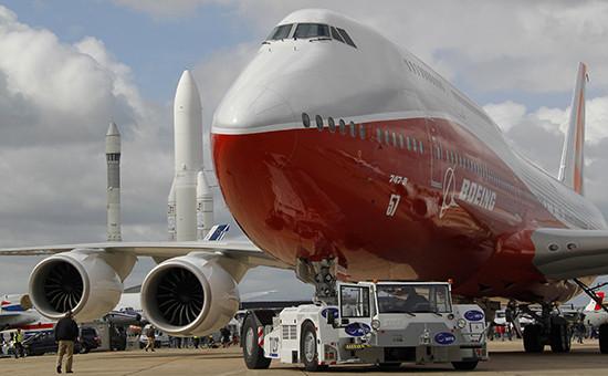 Boeing 747-8 на авиашоу в Ле-Бурже, 2011 год