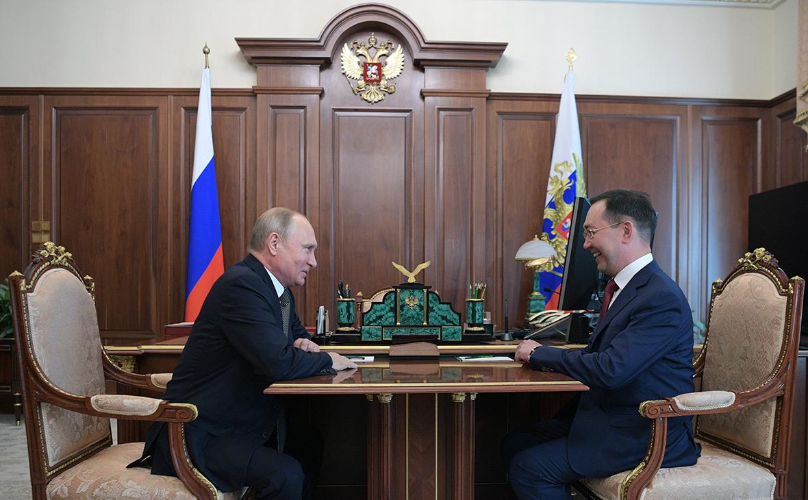 Владимир Путин иАйсен Николаев
