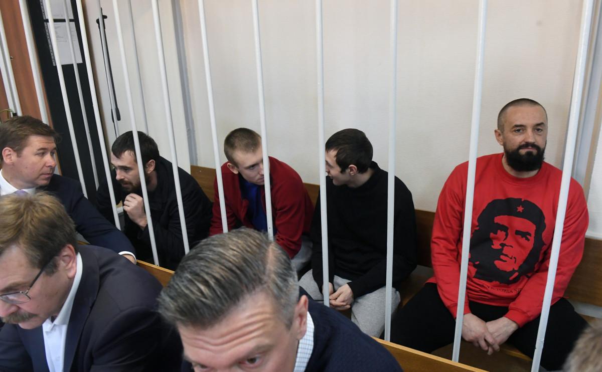 Украинские моряки в Лефортовском суде Москвы