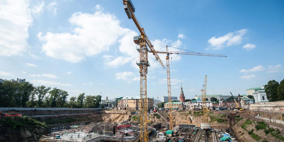 Стройка на Софийской набережной