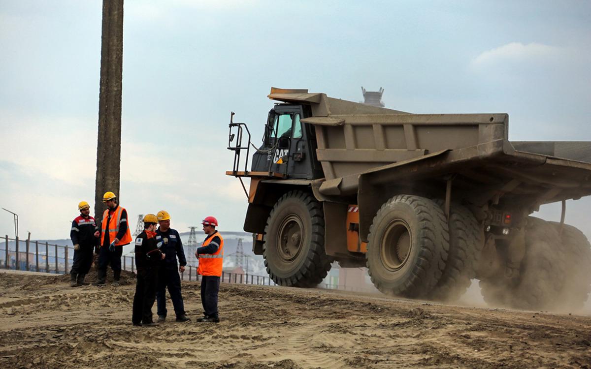 Фото с мест ликвидации последствий аварии под Норильском