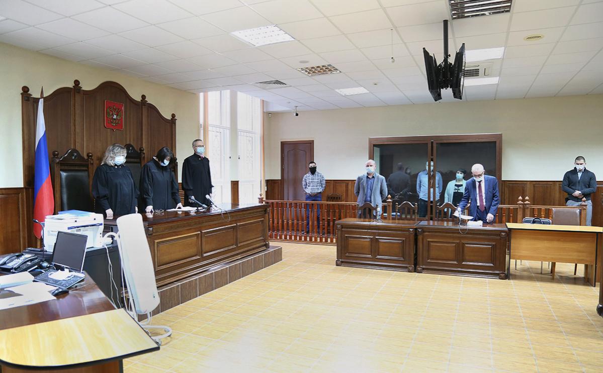 Константин Антонец и Антонина Зимина на заседаниипо уголовному делу о государственной измене вКалининградском областном суде, 24 декабря 2020г.