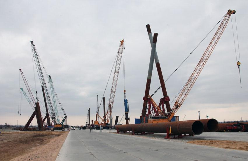 Фото: Строительство транспортного перехода через Керченский пролив Михаил Метцель/ТАСС