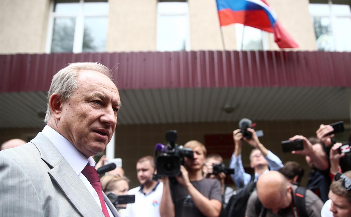 Валерий Рашкин у Дорогомиловского суда