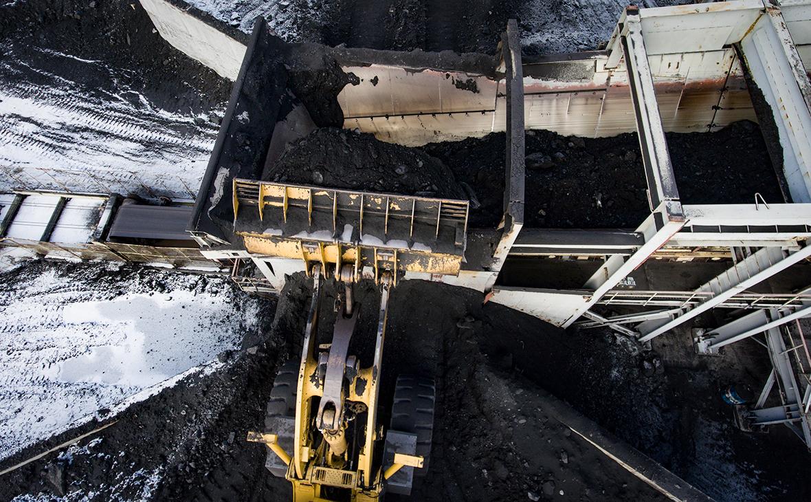 Добыча угля на угольном разрезе компании «Кузбассразрезуголь»