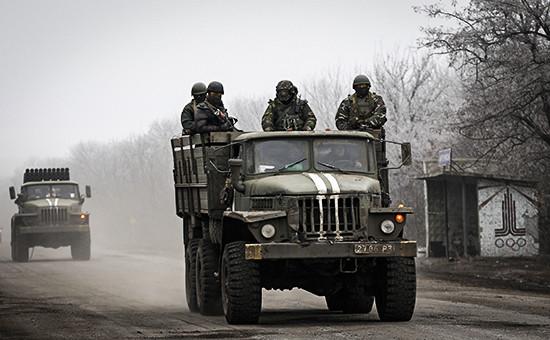 Солдаты правительственных войск Украины в окрестностях города Дебальцево