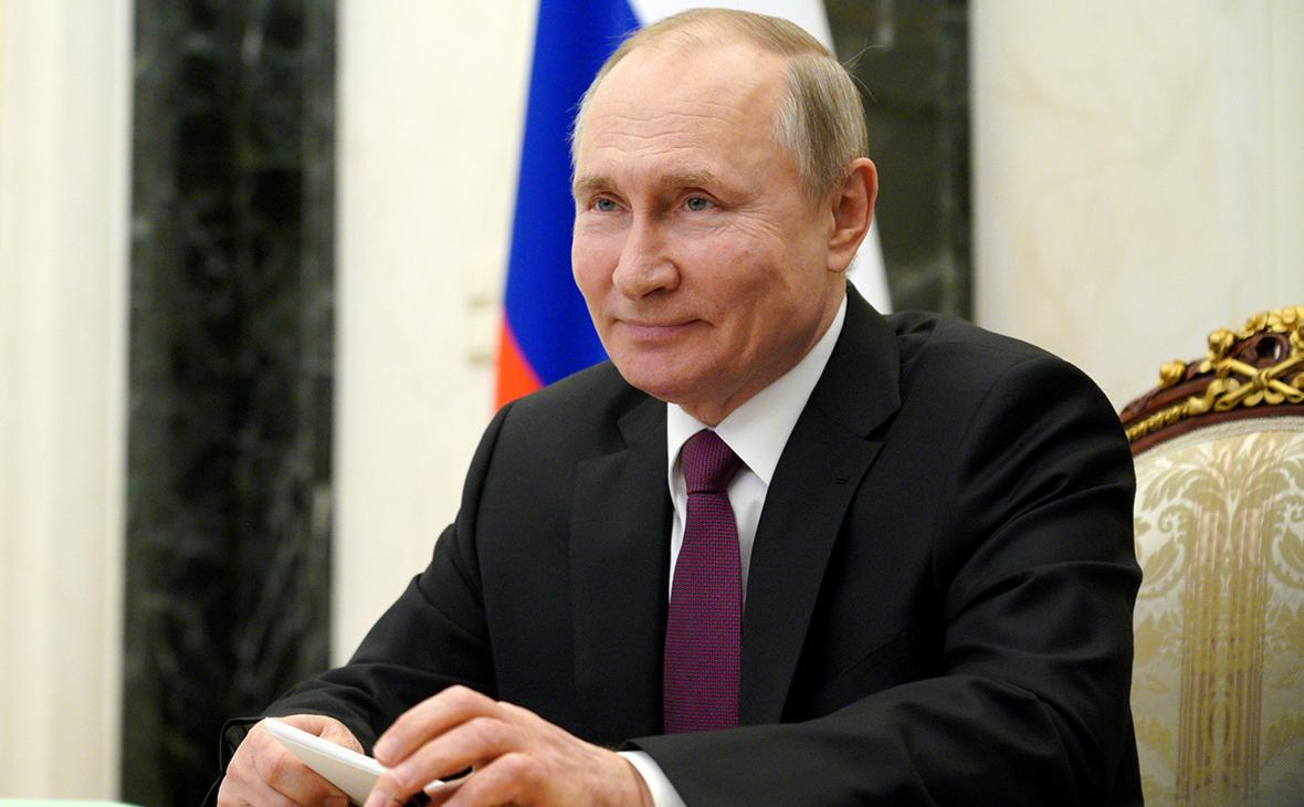 Путин сделал второй укол вакциной от коронавируса