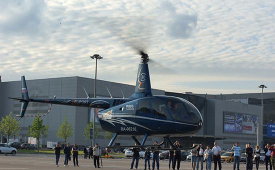 Вертолет Robinson R66 на международной выставке HeliRussia-2015