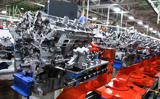Производство двигателей Ford назаводе вОгайо, США