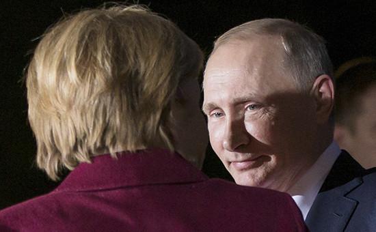 Президент России Владимир Путин иканцлер Германии Ангела Меркель