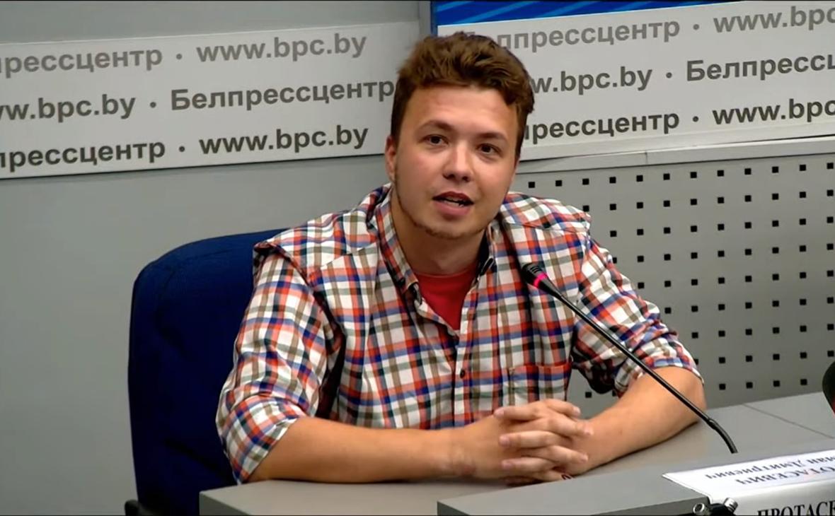 Протасевич назвал слухами сообщения о его избиении в СИЗО :: Политика :: РБК