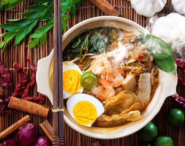 Фото: depositphotos.com; 123rf.com; facebook.com/Mortons; facebook.com/Itacho-Sushi ; flickr.com/Bernard Wee; jumboseafood.com; facebook.com/lesamisrestaurant