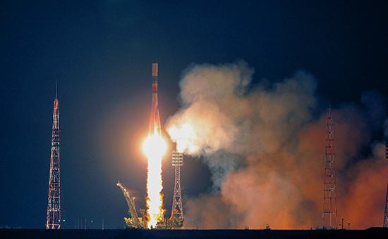 Ракета-носитель «Союз-У» странспортным грузовым кораблем стартует кМеждународной космической станции скосмодрома Байконур