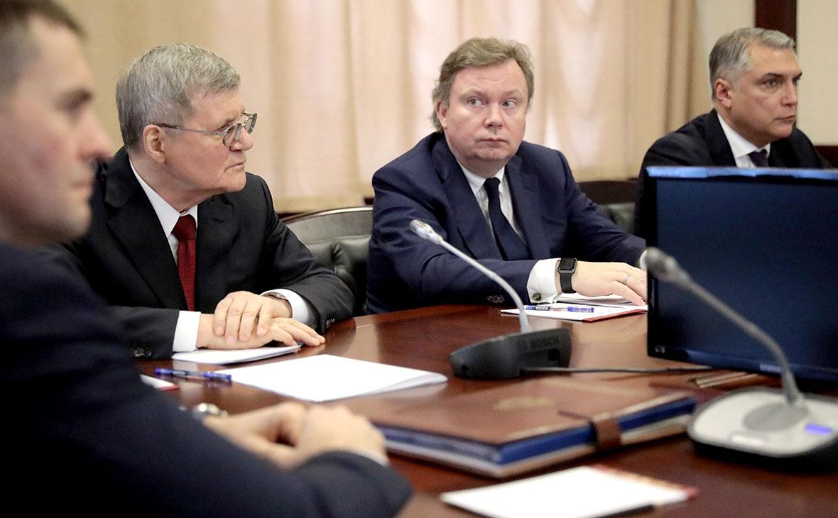 Юрий Чайка во время своего представления в здании Аппарата полномочного представителя президента РФ в Северо-Кавказском федеральном округе