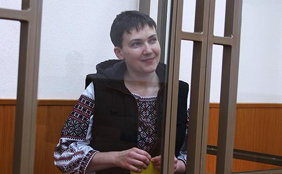 Украинская летчица Надежда Савченков Донецком городском суде, октябрь 2015 г.