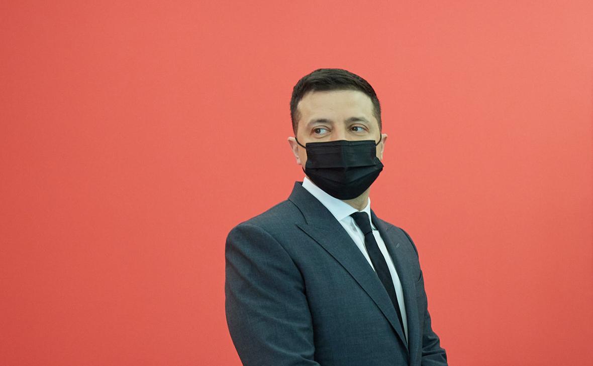 Зеленский утвердил санкции против Януковича, Азарова и Поклонской