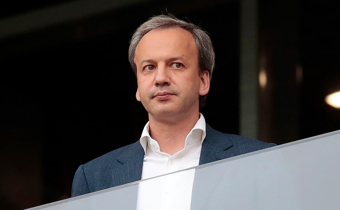 Дворкович заявил о возвращении уехавших в Европу и США россиян