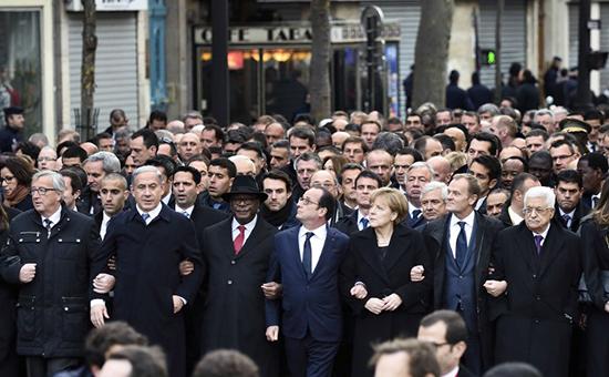 Премьер-министр Израиля Биньямин Нетаньяху(2-й слева), президент Франции Франсуа Олланд(4-й слева), глава Палестинской автономии Махмуд Аббас(справа)
