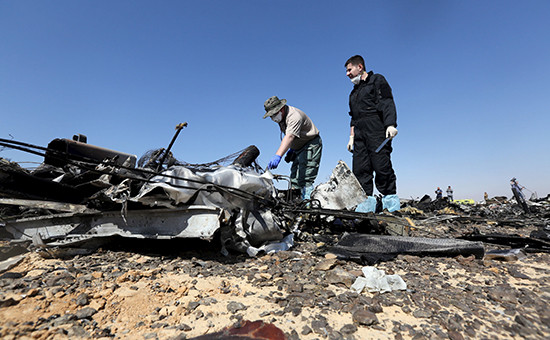 Обломки самолета А321 в Египте