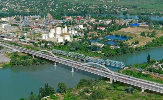 Модернизированный Яблоновский мост. Компьютерное моделирование.