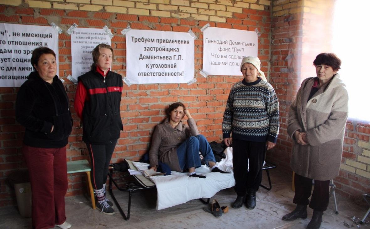 Голодовка обманутых дольщиков в недостроенном доме на улице Кирова в Уфе