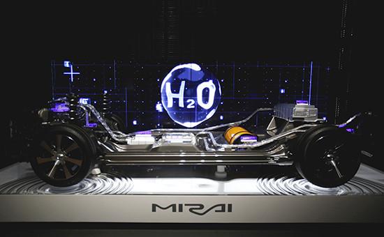 Шасси автомобиля Mirai, использующего водородное топливо