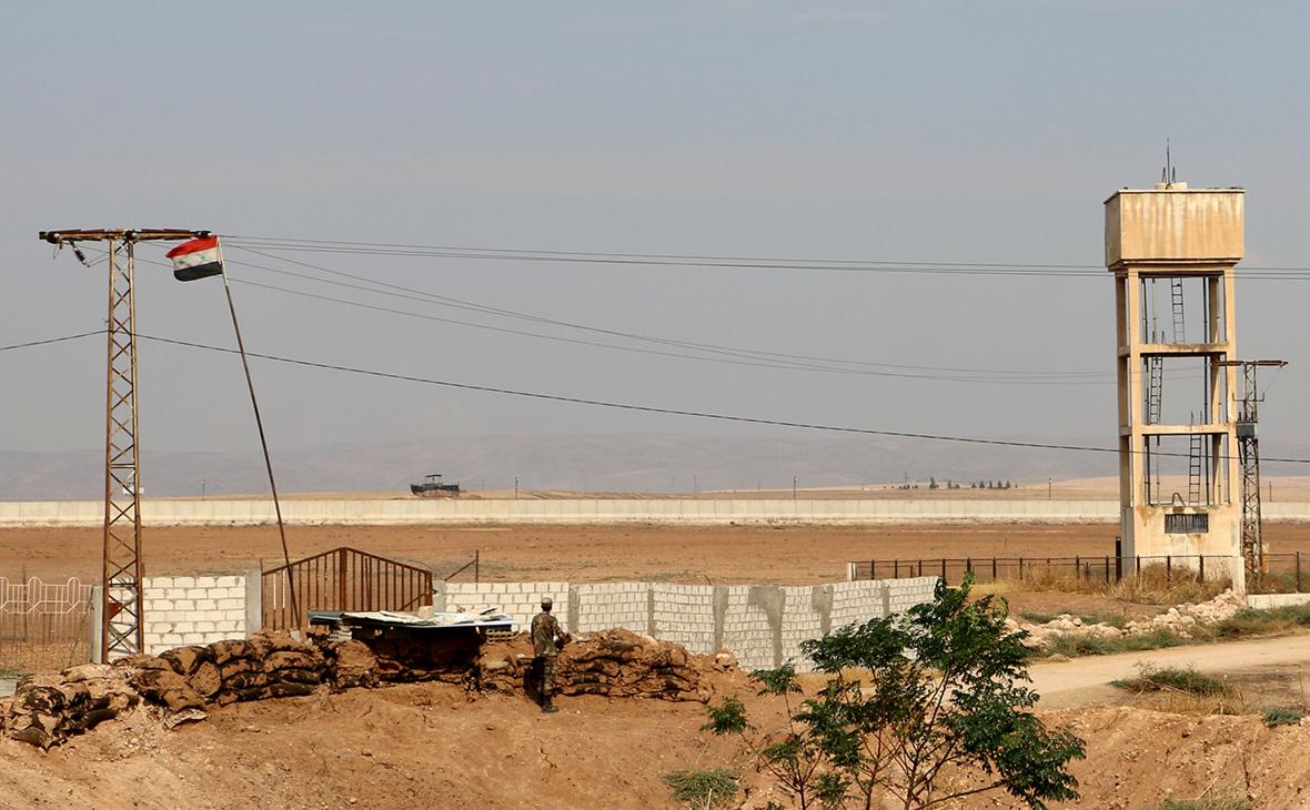 В результате взрывов рядом с турецкой базой в Сирии погибли военные