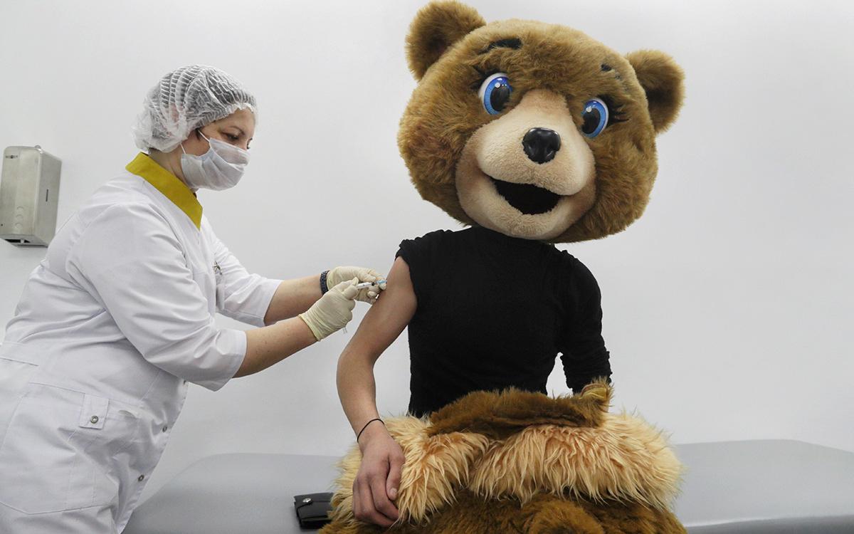 Власти рассказали о системе проверки вакцинации от коронавируса в России