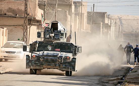 Иракская военная техника на юге Мосула