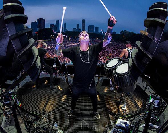 Фото: facebook.com/theglitchmobmusic; fotobank.ru; итар-тасс