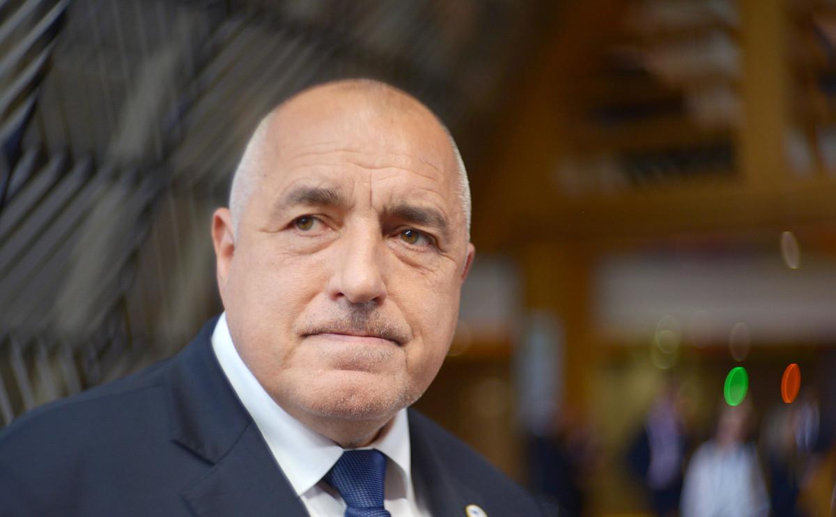Экзитполы показали усиление оппозиции на парламентских выборах в Болгарии