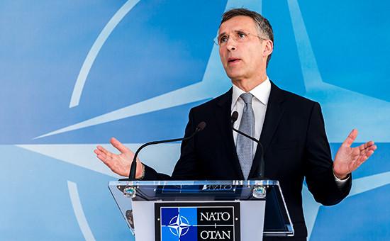 Генсек НАТО Йенс Столтенберг назаседании Совета Россия—НАТО. 20 апреля 2016 года