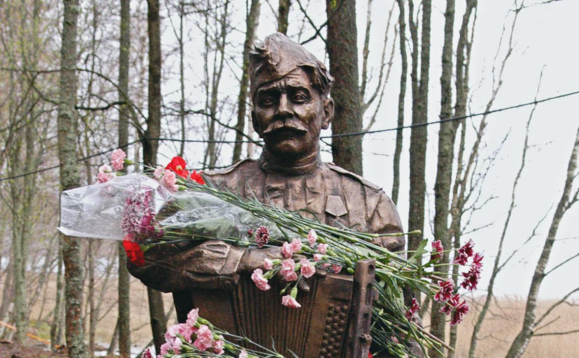 Памятник Василию Теркину