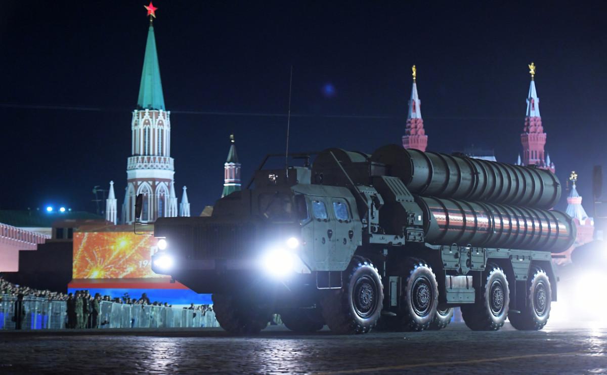 Зенитный ракетный комплекс (ЗРК) С-400 «Триумф»
