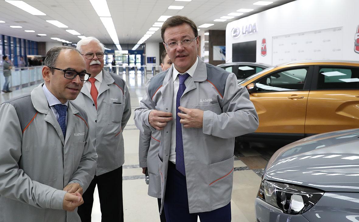 Дмитрий Азаровво время посещения завода ПАО «Автоваз»