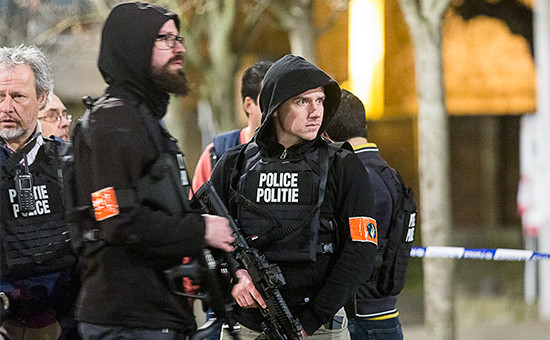 Полицейские Брюсселя во время рейда 15 марта