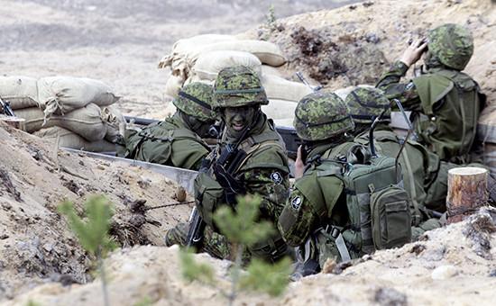 Эстонские солдаты научениях НАТО, май 2015 года