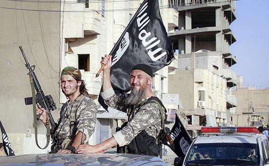 Архивное фото. Боевики террористической группировки «Исламское государство»