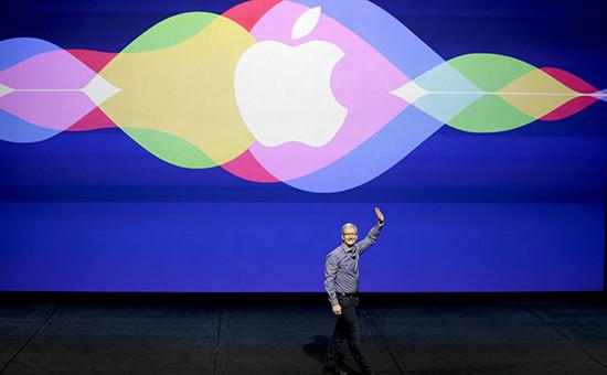 Глава AppleТим Кукна презентацииновых продуктов