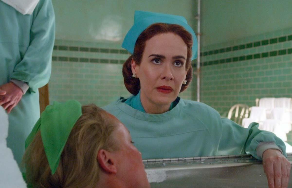 Кадр из сериала«Сестра Рэтчед»