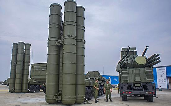 Зенитный ракетный комплекс С-400 «Триумф» навыставке «Оборонэкспо-2014»