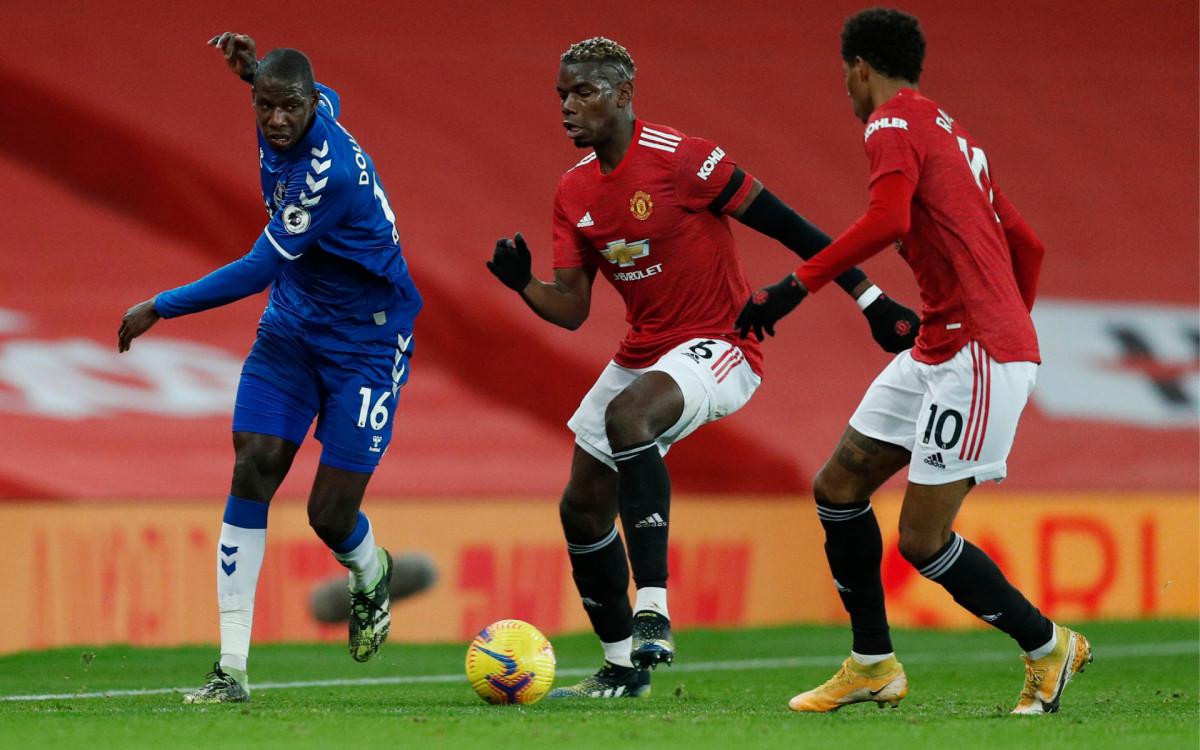 Матч чемпионата Англии по футболу между «Манчестер Юнайтед» и «Эвертоном»